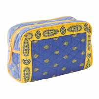 Quilted fabric toilet bag