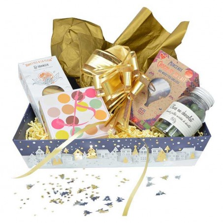 Provençal sweets and chocolate present basket