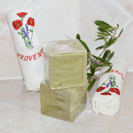 traditional Marseille soaps with organic olive oil