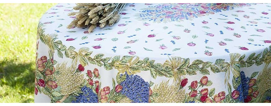 Oval and anti-stain tablecloths of large size made in Provencal prints