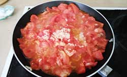 cooking-tomatoes-ratatouille